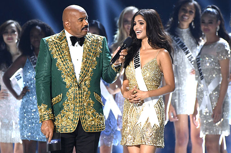 Steve Harvey with India
