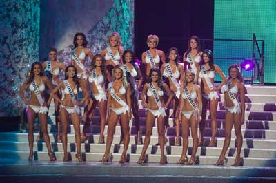 Top 15 of Miss USA 2009 in swimsuits