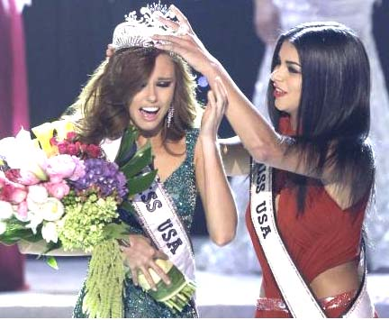 Alyssa Campanella is crowned Miss USA 2011