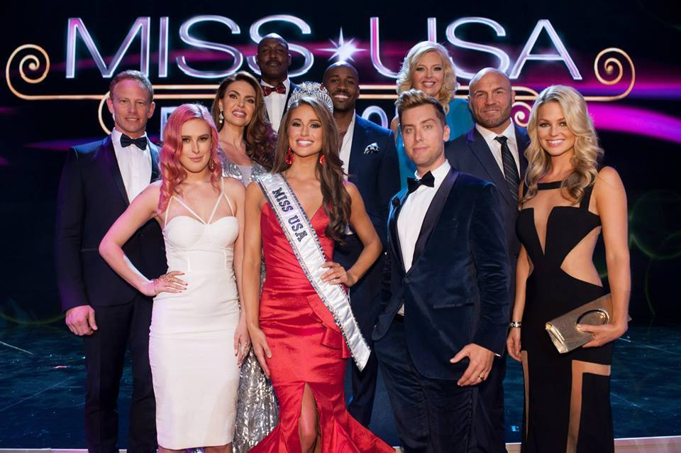 Nia Sanchez with Judges for Miss USA 2014